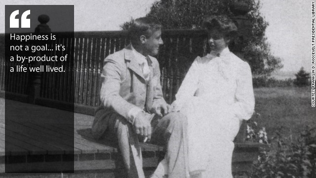 Franklin Delano Roosevelt courts Eleanor Roosevelt on Campobello Island, 1904.