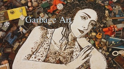 Image: Sculpture of a woman made from garbage