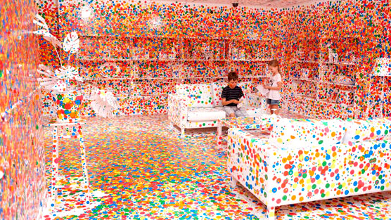 Image: Kids explore the art of Yayio Kusama's Sticker room