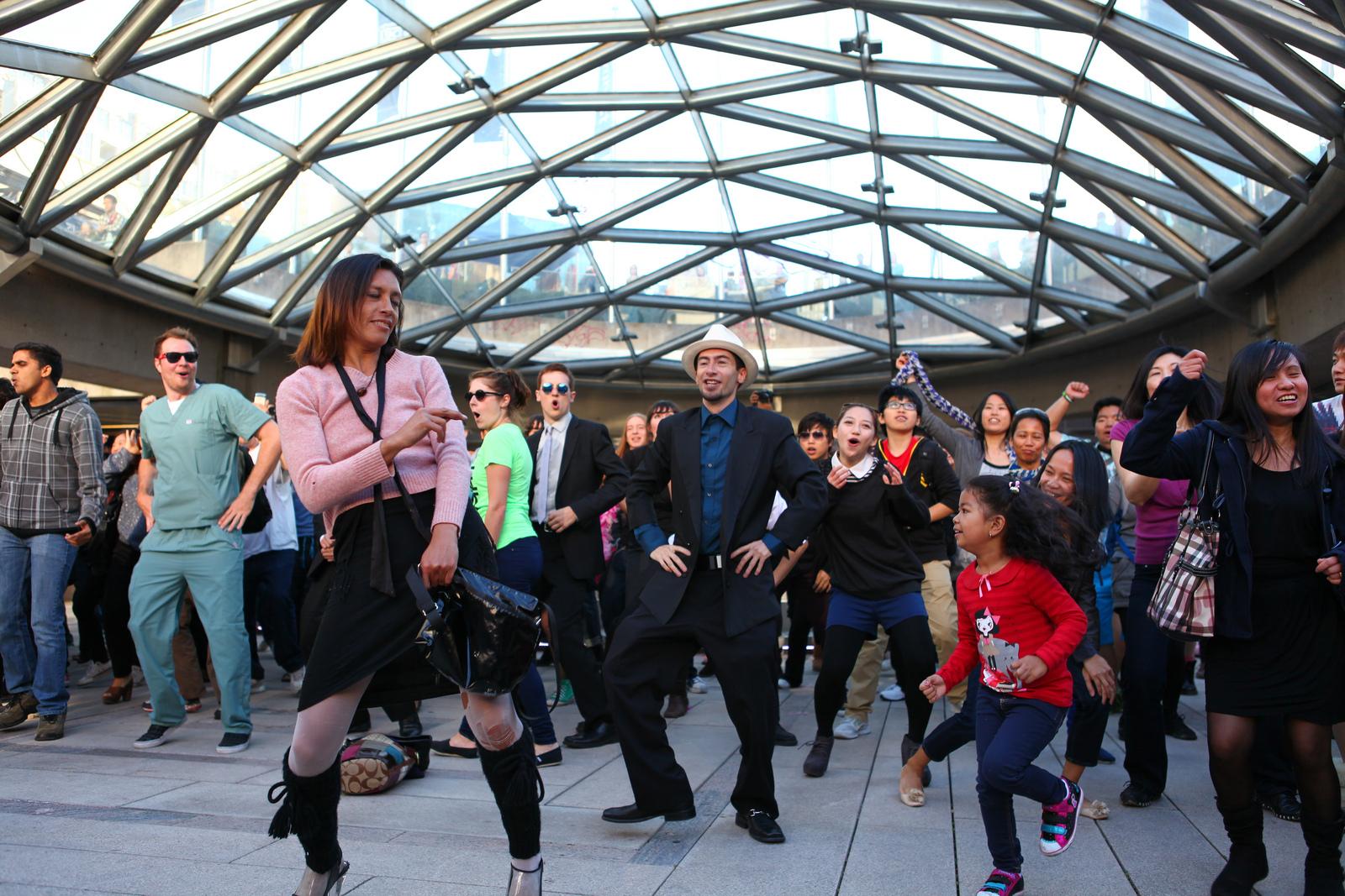 Image: A fun flash mob