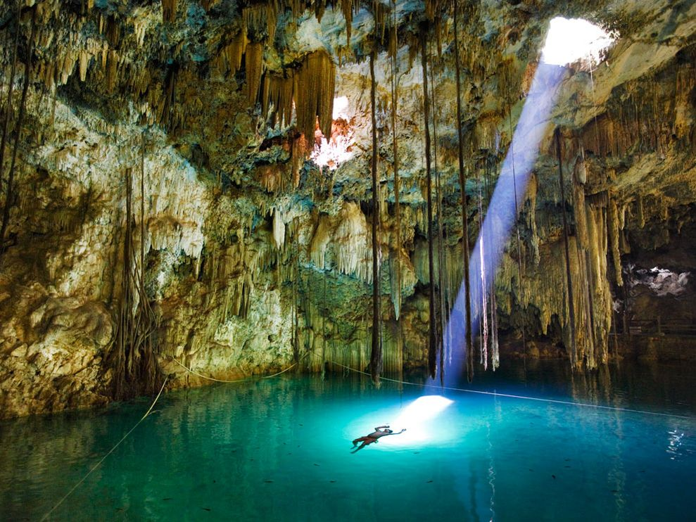 Cenote, Underwater Caves John Stanmeyer, National Geographic