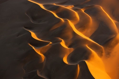 Image: Desert sands form amazing, snaking patterns