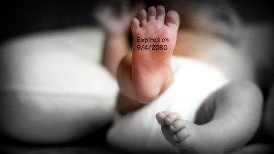 Image: Baby's foot with expiration date on it
