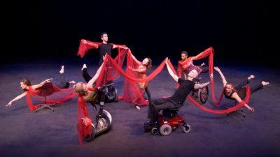 2014-10-31-rolling-dance-chair-usf