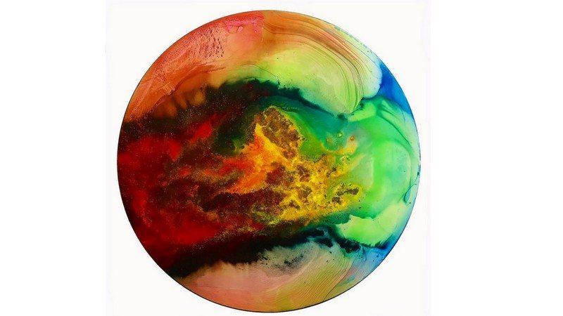 Image: Beautiful circle of swirling colors