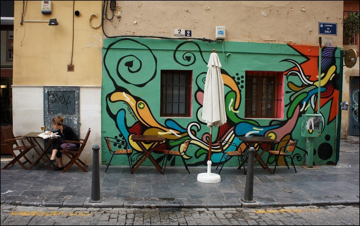 Image: Gorgeous Graffiti in Valencia, Spain