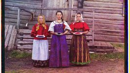 Image: Colorized Image of peasant women from Russia