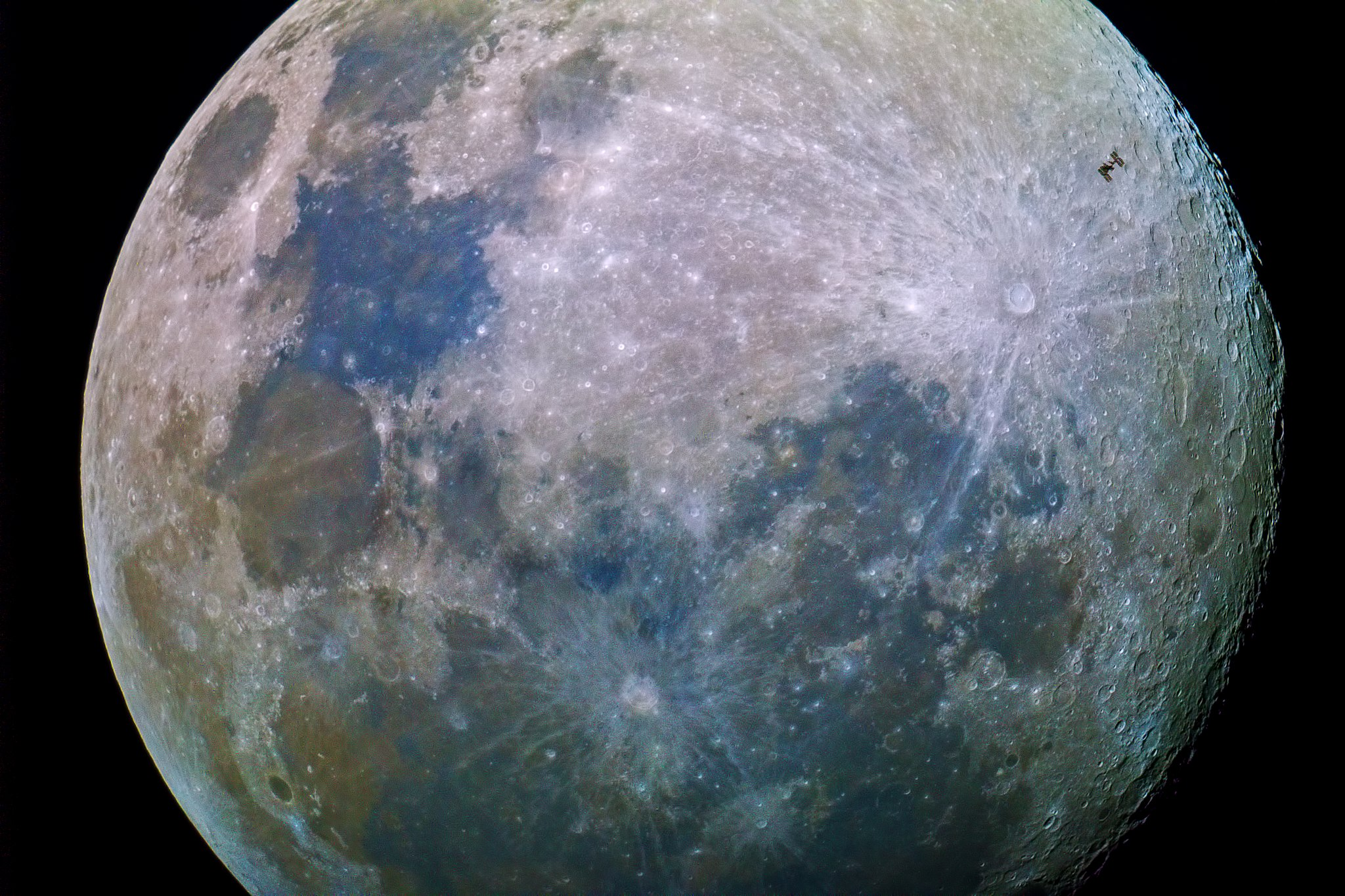 Image: Image of the moon up close, that every new generation will be able to experience.