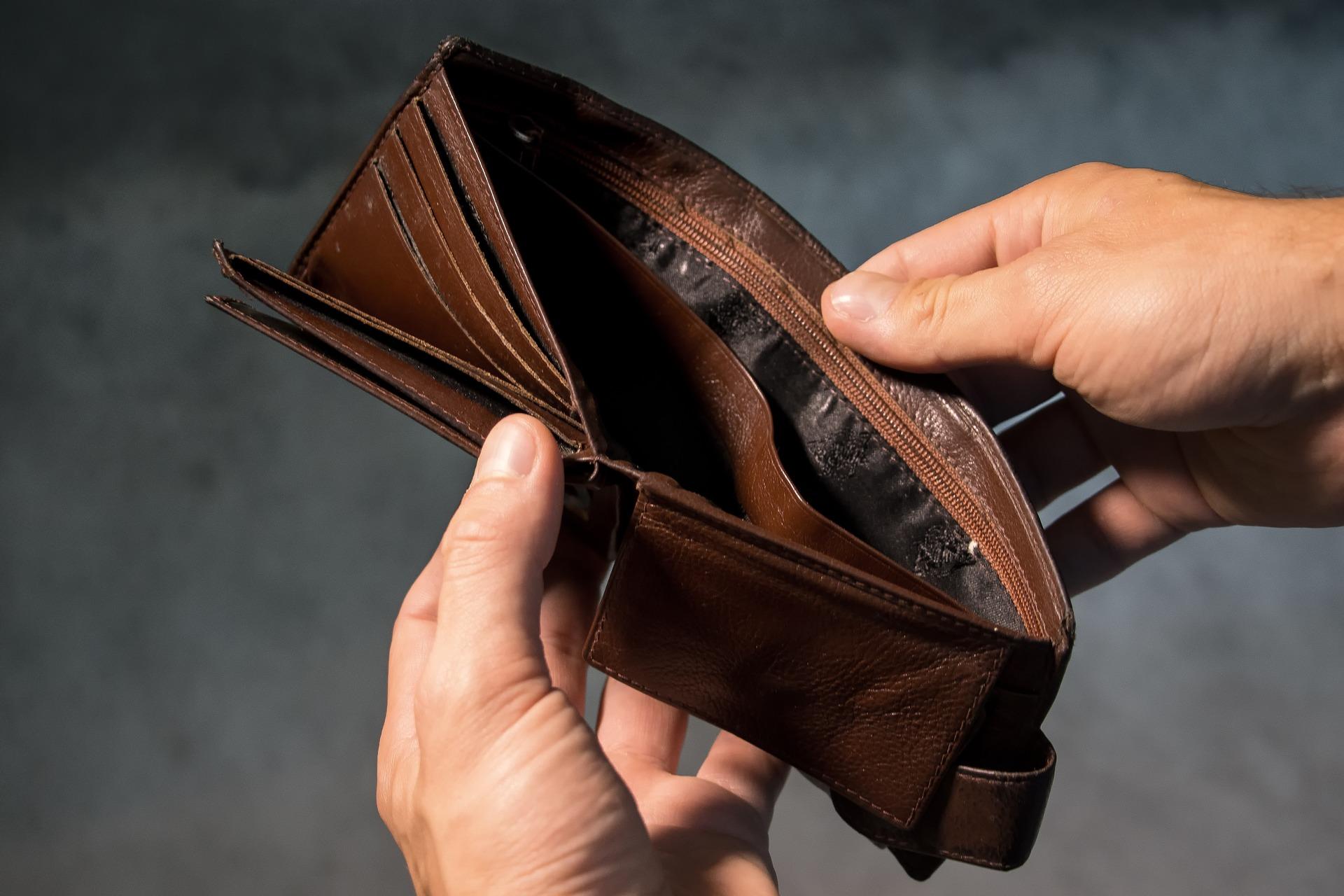 Image: Empty lost Wallet
