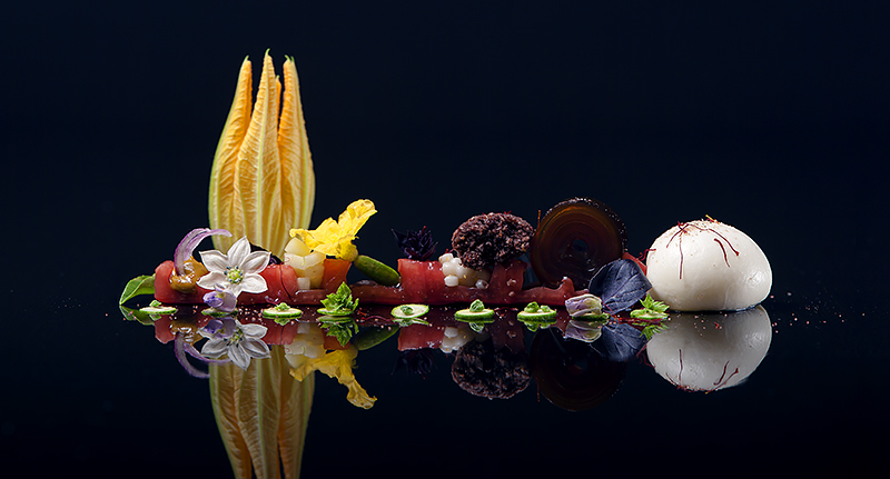 Image: Panoramic shot of a dynamic molecular gastronomy dish that Allen created.