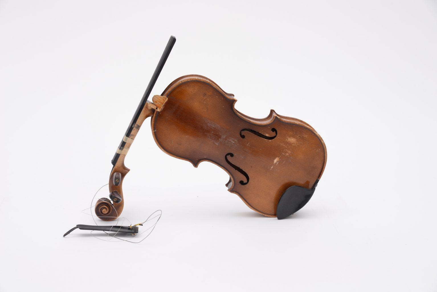 Image: A broken violin