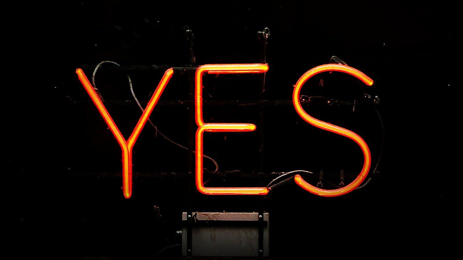 Image: neon sign saying yes