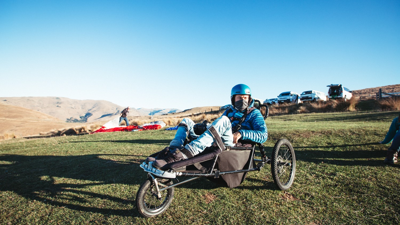 Image: Jezza in paragliding set up